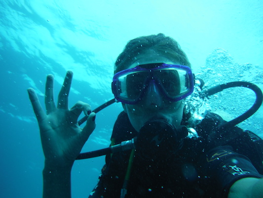 selfie in immersione a Shark point nelle Isole Gili