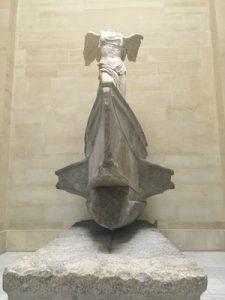 Nike di Samotracia del Louvre
