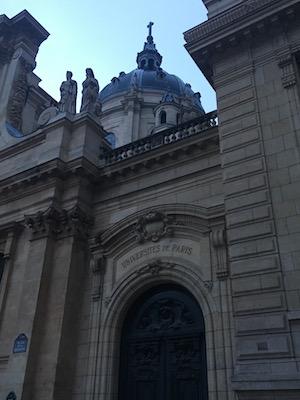 Facciata della Sorbonne di Parigi