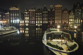 The canals are one of the 10 things to do in Amsterdam