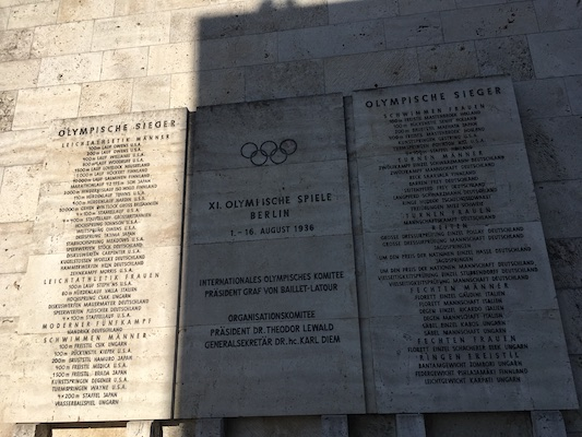 List of winners on the plates at the Olympiastadion of Berlin