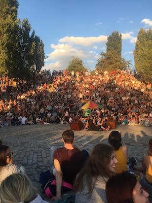 Sunday Karaoke in Mauerpark in Berlin