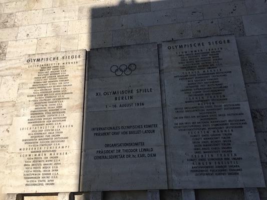 Targa dei Vincitori all'Olympiastadion di Berlino