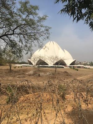 Tempio di Loto di Delhi dall'esterno