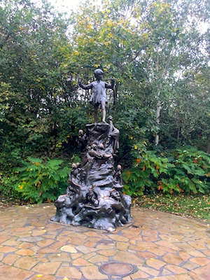 Statua di Peter Pan a Kensington Gardens