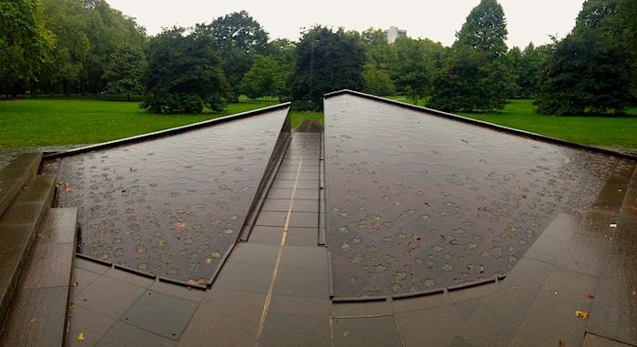 Canada Memorial in Green Park of London