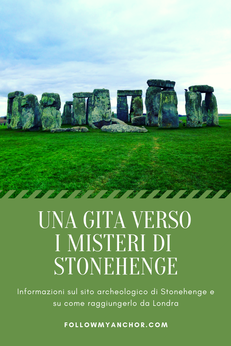 Una Gita Verso i Misteri di Stonehenge | Informazioni sul sito archeologico di Stonehenge: cos'è, cosa sappiamo e cosa non sappiamo di questo luogo misterioso, e indicazioni su come raggiungere Stonehenge da Londra in una escursione di una giornata. #Stonehenge #StonehengeDaLondra #TravelBlog