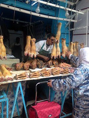 Zampe di bovino nella medina di Rabat