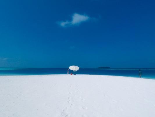 Sandbank Snorkeling from Dhiffushi