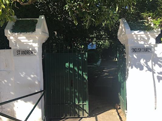 Cancello di Ingresso della St. Andrew's Church di Tangeri