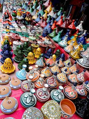 Tajine di terracotta come souvenir del Marocco