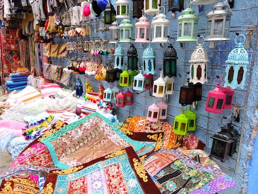 Tappeti e lampade come souvenir del Marocco