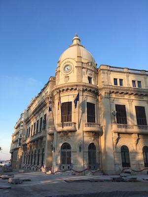 Palacio de la Asamblea in Plaza de Africa
