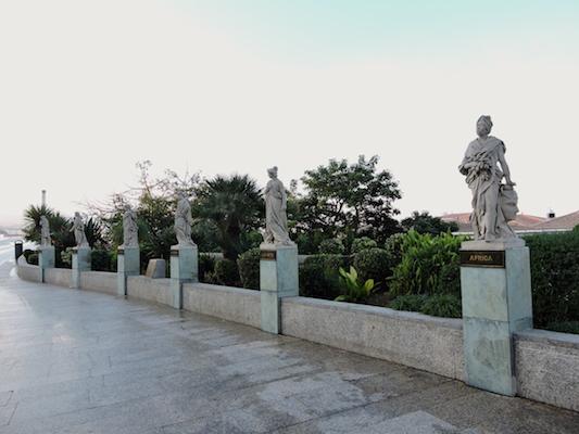 Allegoric statues of Plaza de la Constitución