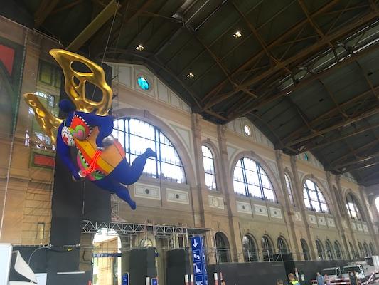 Il Guardian Angel a Hautbahnhof, la stazione centrale di Zurigo