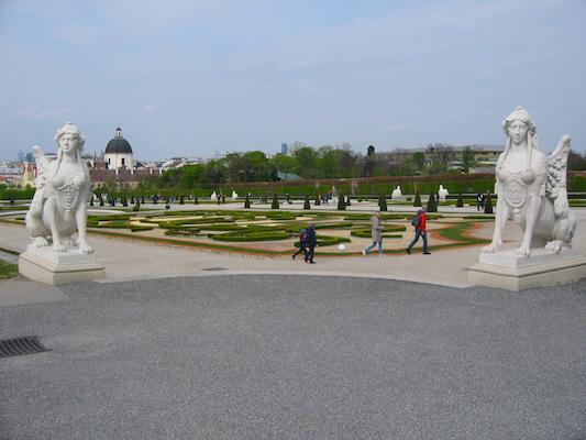 Sfingi del Giardino del Belvedere