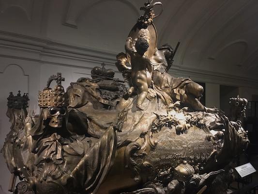 Tomba di Carlo VI nella Cripta degli Imperatori nella Chiesa dei Cappuccini