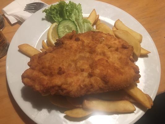Lo schnitzel viennese del Ristorante Aera di Vienna