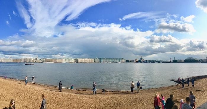 Panorama dalla Spiaggia della Fortezza di Pietro e Paolo