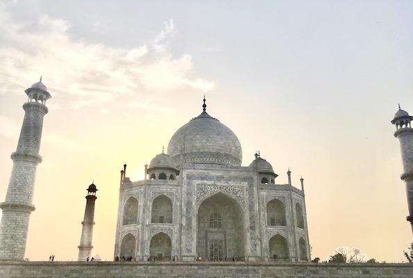 Taj Mahal taking the colors of the sunrise