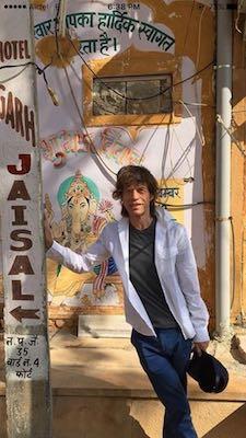 Mick Jagger all'Hotel Garh Jaisal Haveli di Jaisalmer