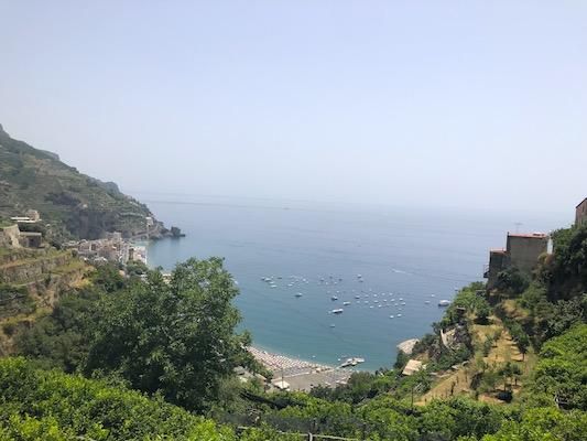 Vista sulla Costiera Amalfitana dal Sentiero dei Limoni da Maiori a Minori