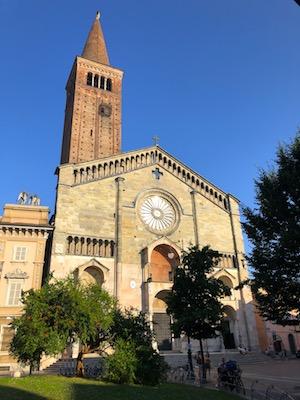 Facciata del Duomo di Piacenza
