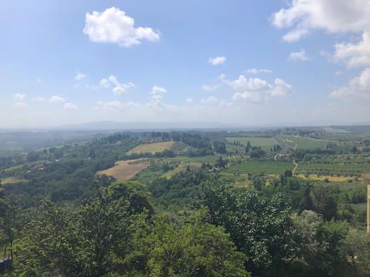 Punto panoramico di San Gimignano sui colli toscani