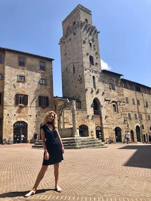 Io a Piazza della Cisterna di San Gimignano