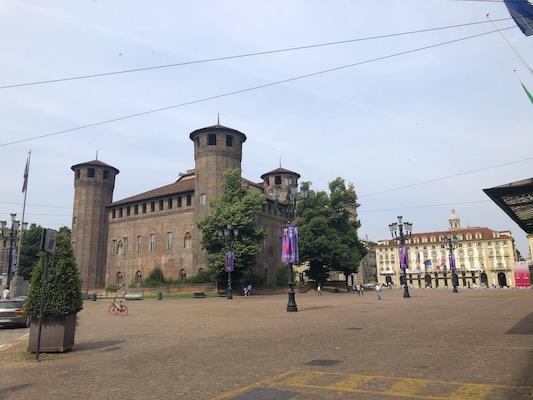Veduta su Piazza Castello a Torino
