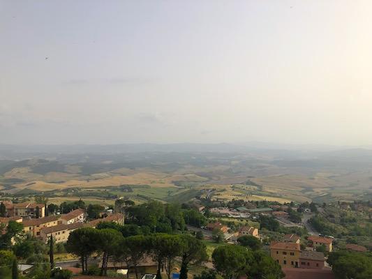 Punto panoramico di Volterra sui colli toscani